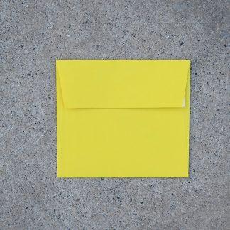 Vals vierkant envelop formaat 125x140 mm geel