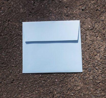 Envelop 140x125mm lichtblauw